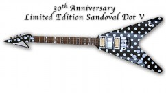 3LEFT_sandoval_flying-v_web01_REDUCED-GUITAR-1